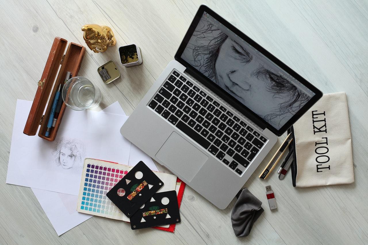 Comment devenir graphiste Web infographiste?