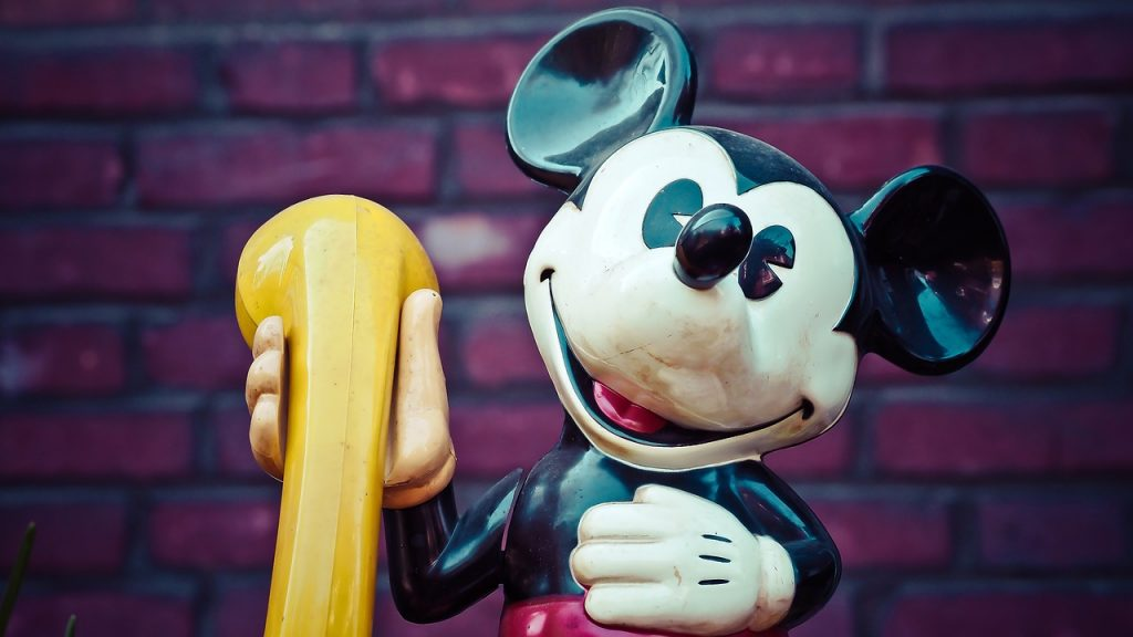 le personnage de Mickey Mouse